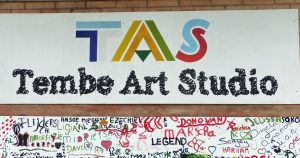 Art-Tembe-Studio-A-Moengo-un-lieu-dart-de-cultures-et-de-villégiature-incontournable.