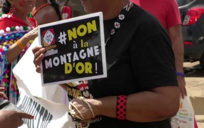 Mobilisation à l'occasion de la clôture des réunions du débat public de la Montagne d'Or à Saint-Laurent du Maroni